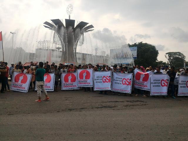 2 Tahun Kepimpinan Jokowi MMK Keluarkan Keluhan Masyarakat Miskin