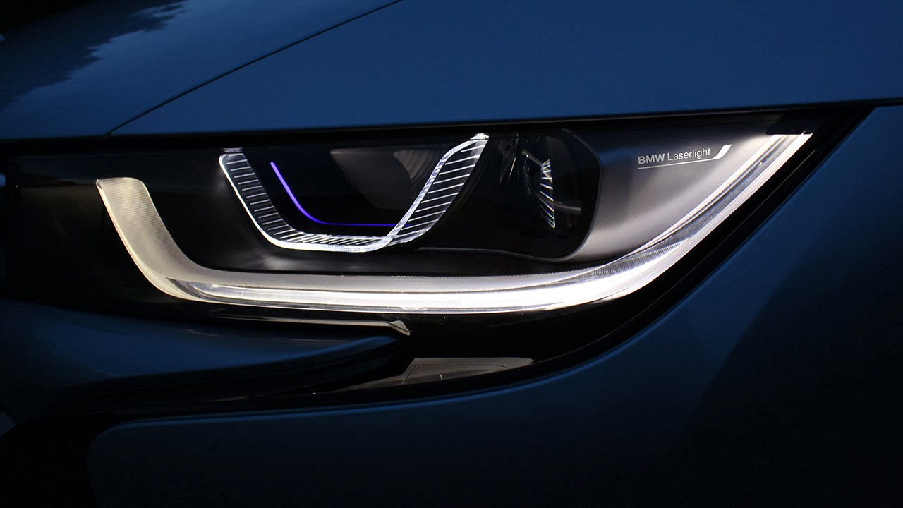 BMW i8 laser lights
