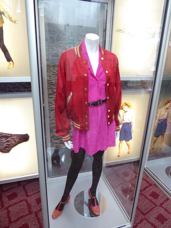 Greta Gerwig 20th Century Women Abbie film costume
