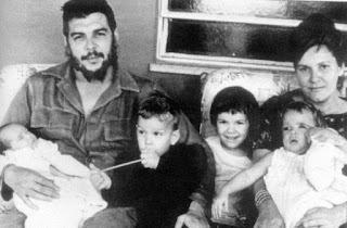 Imagen familiar del Che Guevara.