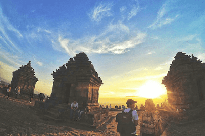 sunset candi ijo