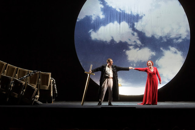 Wagner: The Ring - Semperoper, Dresden - Andreas Schager (Siegfried), Petra Lang (Brünnhilde) (Photo © Klaus Gigga)