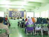 STKIP PGRI Ponorogo Gelar Seminar Literasi