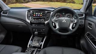 Mitsubishi L200/Triton Interior: panel, entertainment