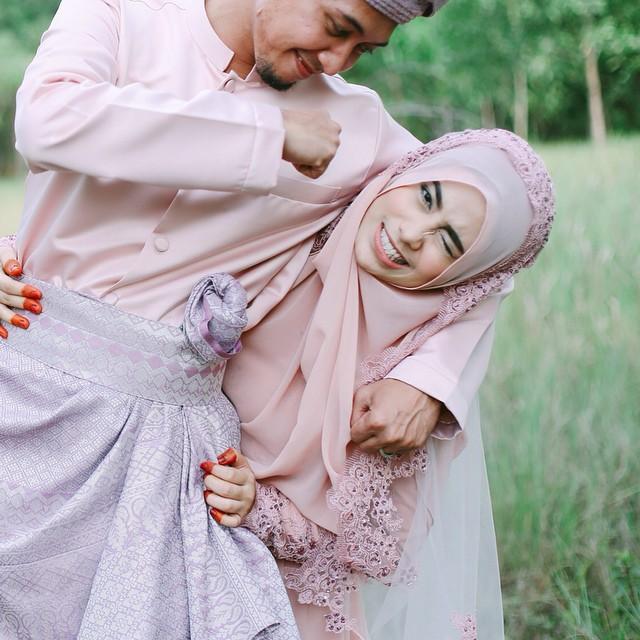 Tidak Perlu Jadi Orang Lain Setelah Menikah. Sebab Pernikahan Itu Menerima Bukan Menuntut