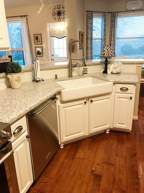 short apron farmhouse sink