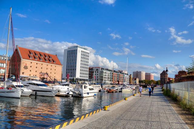 przystań jachtowa w Gdańsku