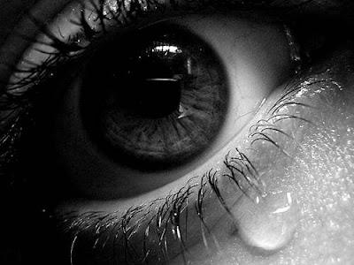 dp bbm sedih dan kecewa