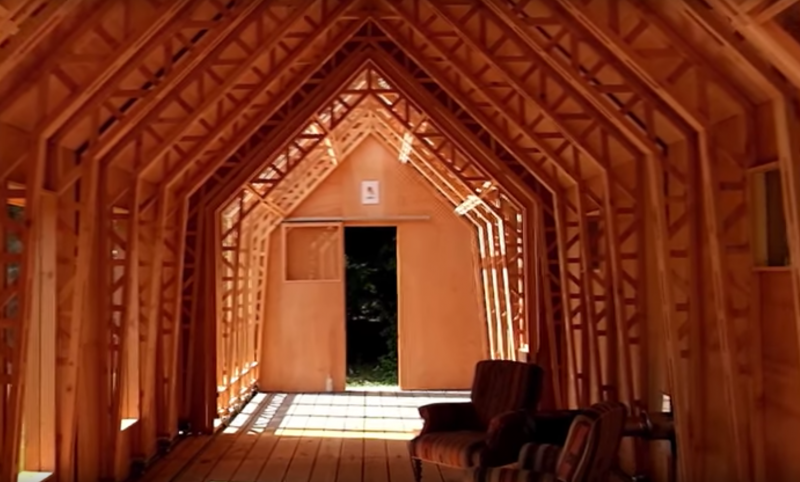 This son built for his mother a house that has very special secret