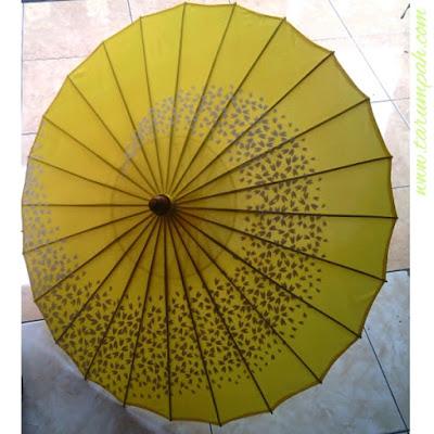 Produk kerajinan payung hias