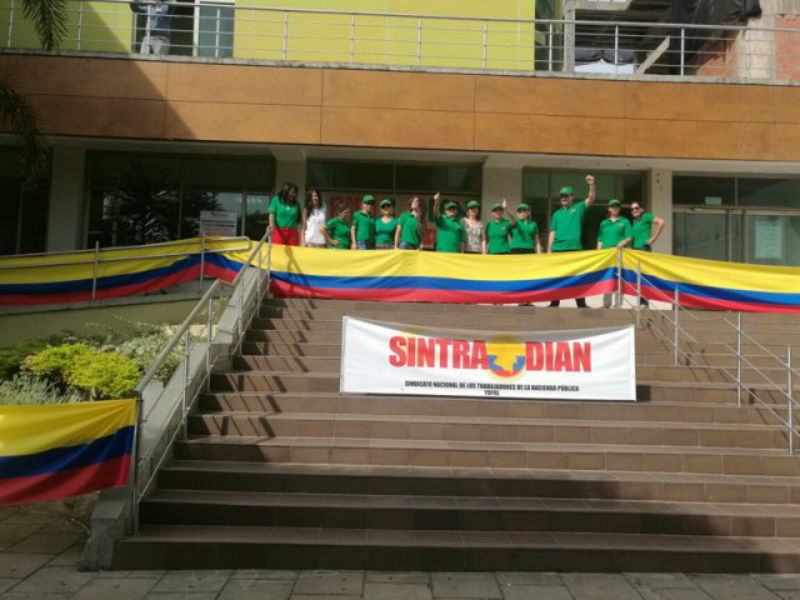 Desde Pereira, Sintradian exige cumplimiento de acuerdos y no tercerización de la Dian