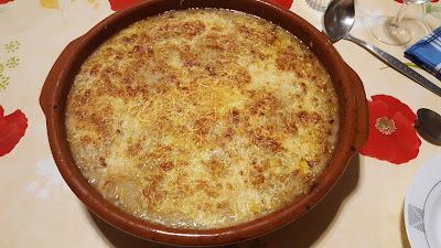 Sopa de cebolla sueko