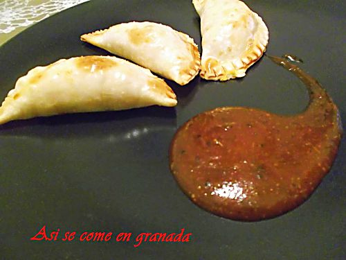 Empanadillas de mar y feta