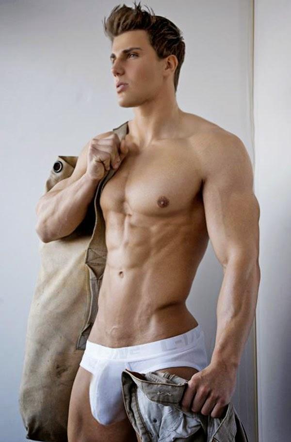 men with big dics in underwear nude