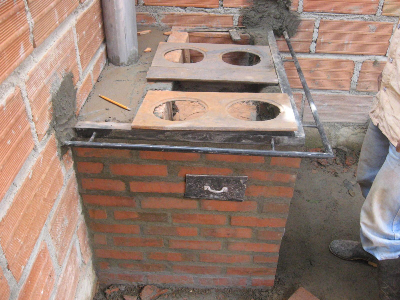 Ituango energia de colombia estamos construyendo 100 for Planos para cocina de lena
