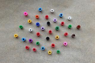 DIY-Basteltipp für ein Armband aus geschmolzenen Bügelperlen von Ars Vera