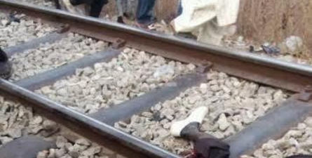Train Crushes a Man in Minna, Cuts Him into Halves –  (Warnining: Very Graphic Photos)