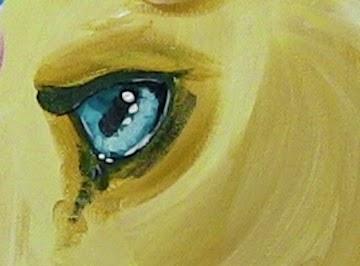 L'oeil bleu de la licorne.