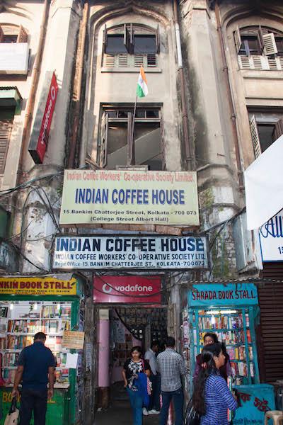 A 300 year old coffee house in Kolkata!! - Navrang India