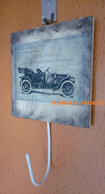 cuelgallaves-coche-antiguo