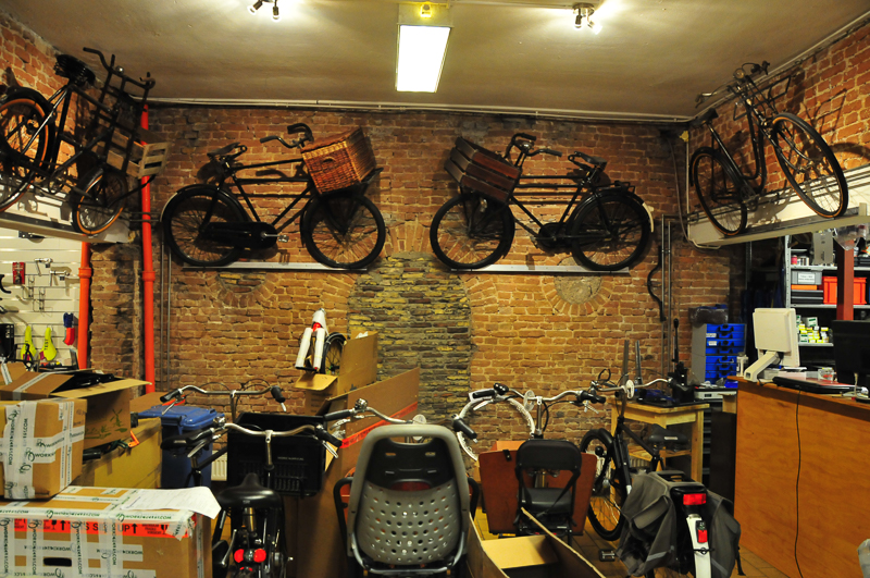 i bike strasbourg workcycles les v los utilitaires. Black Bedroom Furniture Sets. Home Design Ideas