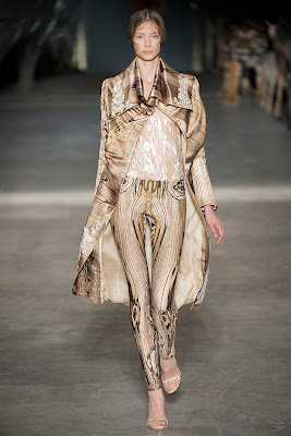 Alexander McQueen - Spring Summer 2009 - Wood printed dress