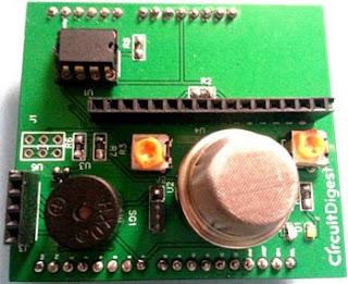 Detector de humo con Arduino montaje de componentes.