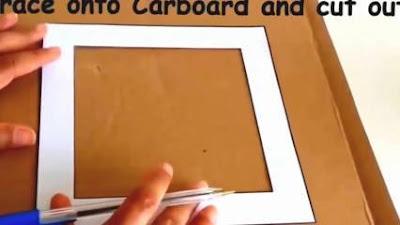 Menggambar pola bingkai pada kardus