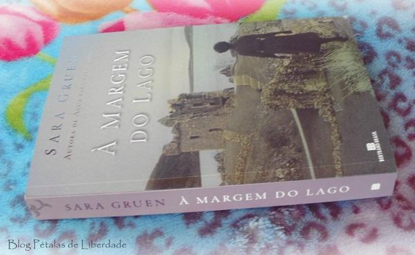 Resenha, livro, À-margem-do-lago, Sara-Gruen, bertrand-brasil, monstro-do-lago-ness, escocia, eua, segunda-guerra-mundial, opniao, critica, trechos, fotos, capa, romance, agua-para-elefantes
