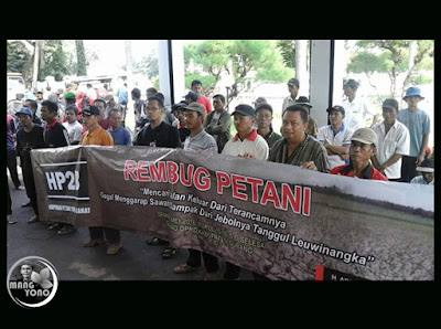 Foto 7: REMBUG PETANI KE-1 di Gedung DPRD Subang