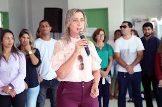 http://vnoticia.com.br/noticia/1553-emocao-na-festa-em-homenagem-as-maes-na-escola-modelo-em-sfi