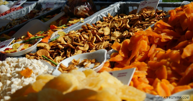 dried vegetables and fruit