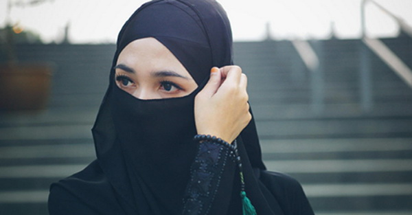 Inilah Kriteria Wanita Shalehah Yang Tertulis Jelas Dalam Surat An-Nisa Ayat 34