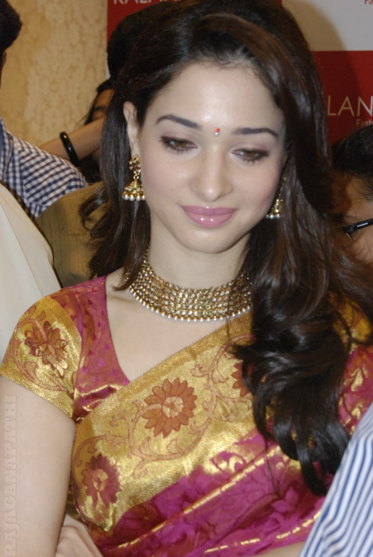 tamanna bhatia photos in saree