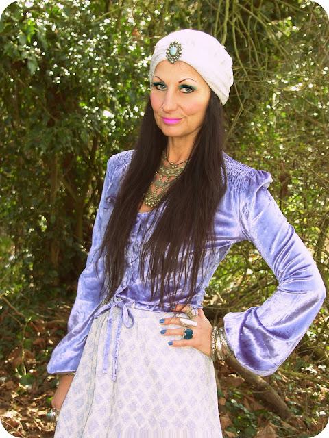 Vintage Vixen: Gypsy Woman