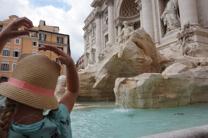Kokemuksia Roomasta lasten kanssa - nähtävyyksillä, Fontana di Trevi