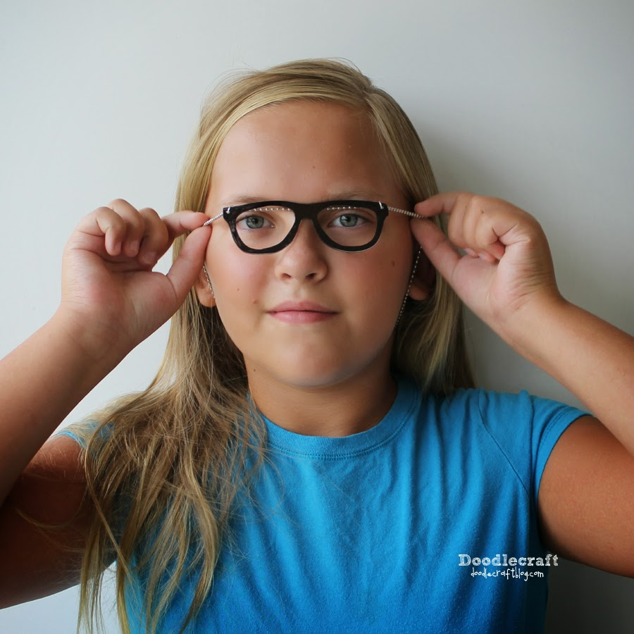 Teen Glasses Pics