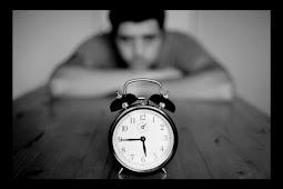 Sepuluh Cara Membunuh Waktu Saat Menunggu