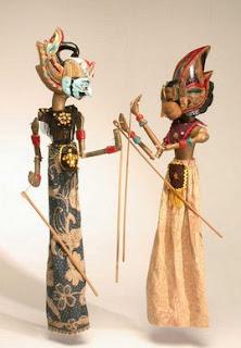 Contoh Cara Mendongeng (Bercerita) dengan Alat Peraga Boneka Tangan (Jari)