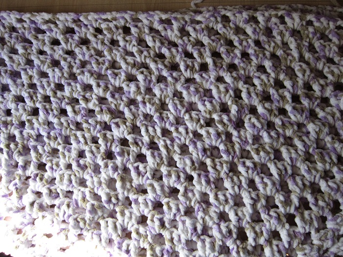 yarn, Bernat Baby Blanket, crochet, granny rectangle
