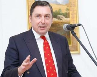 السفير البريطاني: قطر والمملكة العربية السعودية والإمارات العربية المتحدة ، الرعاة الرئيسيون للإرهاب في العراق