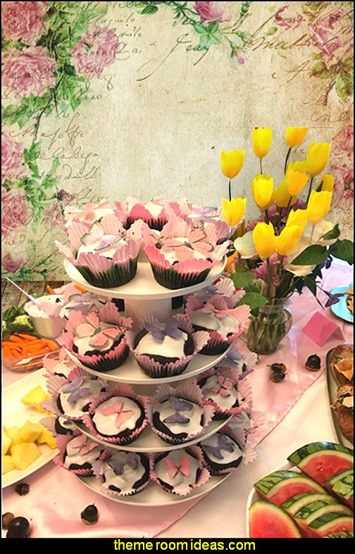 garden party Wilton Gold Foil Standard Baking Cup