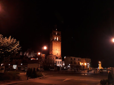 A view of the square and the Saint-Antoine tower in Loches at night