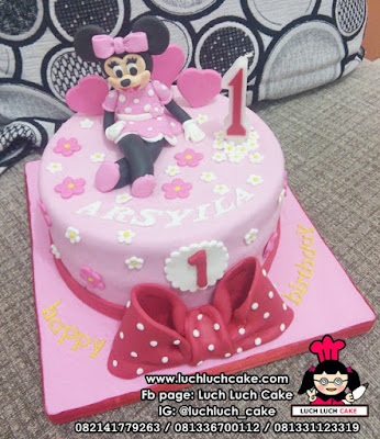 Birthday Cake Fondant Minnie Mouse