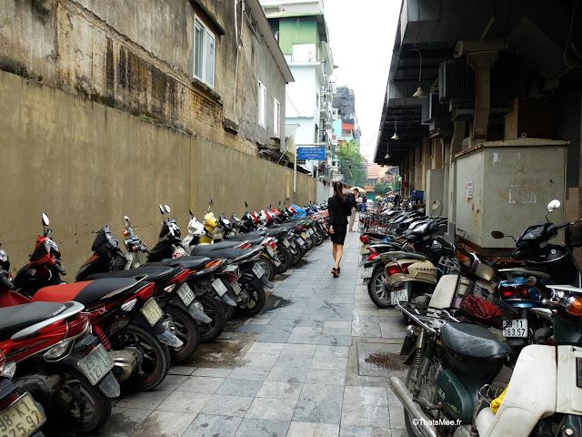 scooter parking vietnam