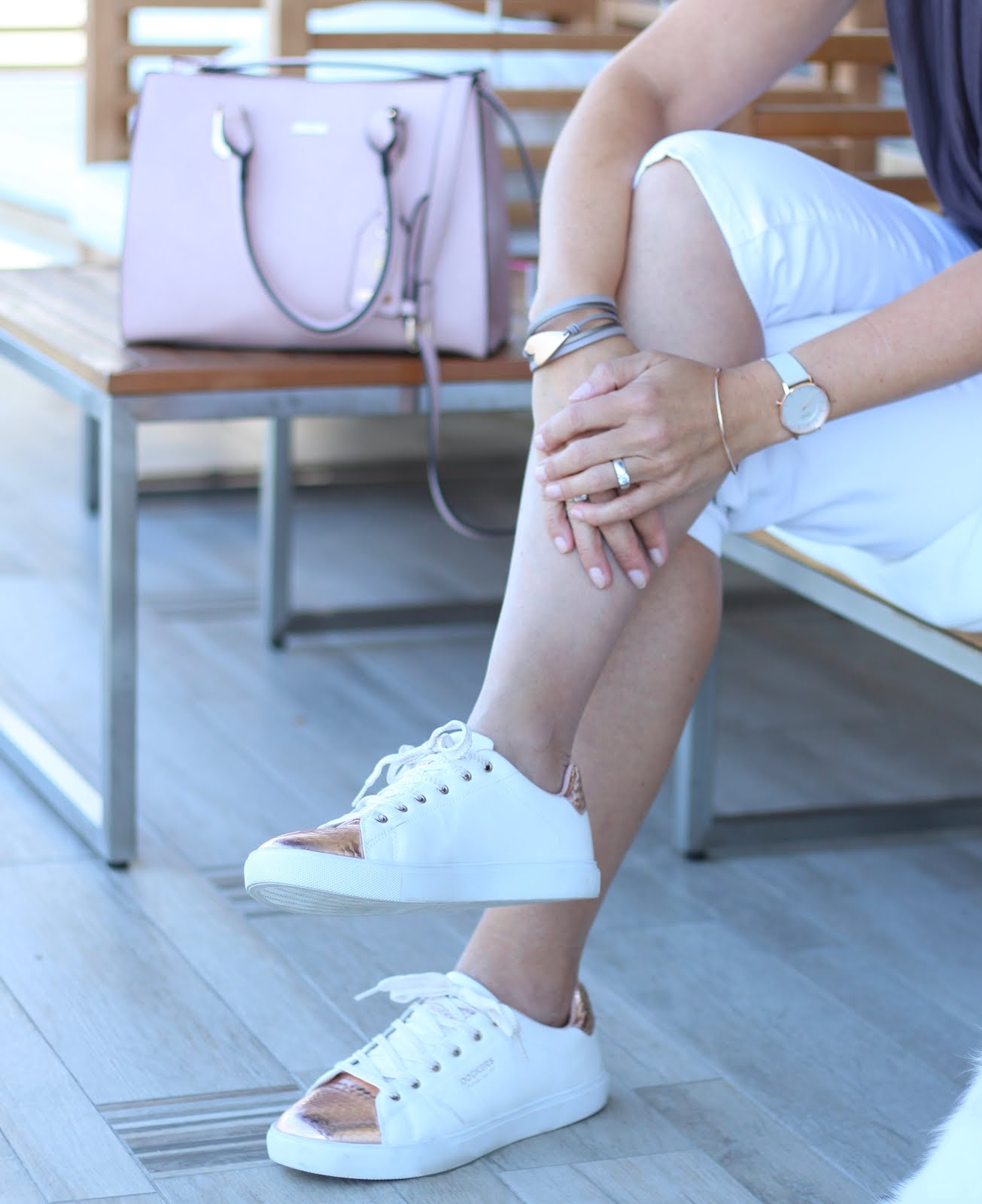 Fashion Friday in Goldbraun - sportlich elegante Mode für Stadt und Büro und ein paar Gedanken zum Thema Selbstliebe