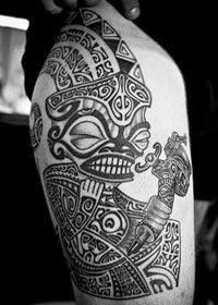 Tatuagem Tribal Na Perna Masculina