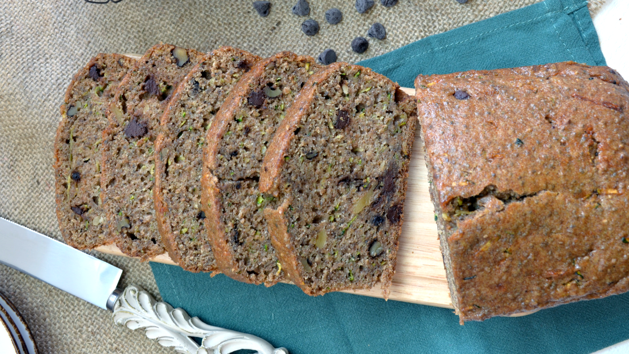 Zucchini & Chocolate chips Bread
