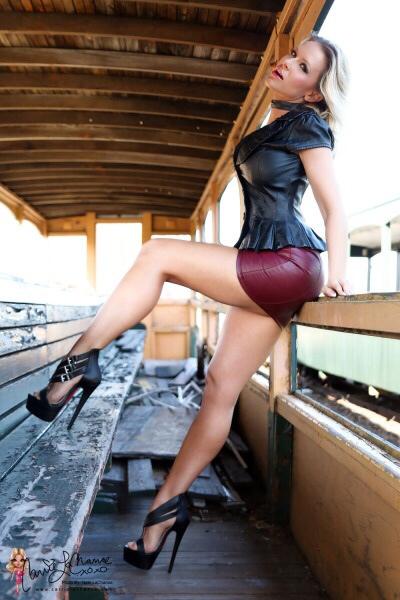 short mini skirts tumblr