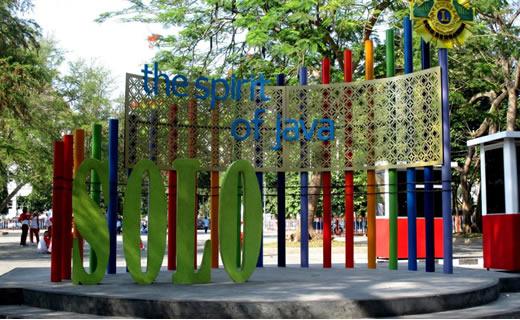 Jelajah Wisata di Solo dengan Jalan Kaki (part 1)